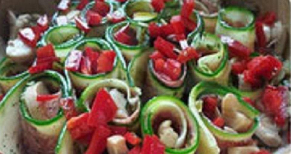 Zucchini-Röllchen-Auflauf